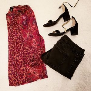Maroon paisley blouse with 3/4 sleeves